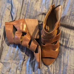 Lucky Brand Brown Sandals 8.5
